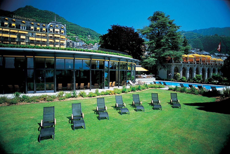 Passez du temps au Fairmont Montreux Palace